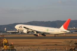 日本航空 Boeing 777-300 (JA752J)  航空フォト   by kahluamilkさん  撮影2007年02月19日%s