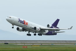 デデゴンさんが、岩国空港で撮影したフェデックス・エクスプレス MD-11Fの航空フォト(飛行機 写真・画像)