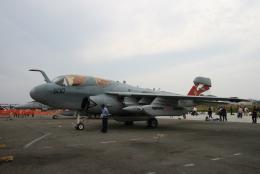 kahluamilkさんが、厚木飛行場で撮影したアメリカ海軍 EA-6B Prowler (G-128)の航空フォト(飛行機 写真・画像)