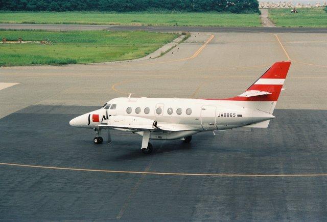 かぐさんが、新潟空港で撮影したジェイ・エア BAe-3217 Jetstream Super 31の航空フォト(飛行機 写真・画像)