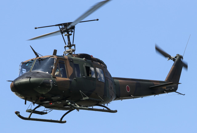 Menokkuさんが、クロスランドおやべ で撮影した陸上自衛隊 UH-1Jの航空フォト(飛行機 写真・画像)