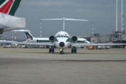 Hiro-hiroさんが、レオナルド・ダ・ヴィンチ国際空港で撮影したアリタリア航空 MD-82 (DC-9-82)の航空フォト(飛行機 写真・画像)