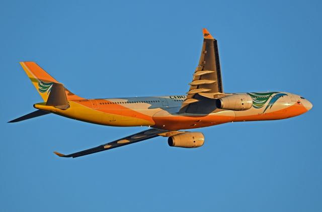 Souma2005さんが、香港国際空港で撮影したセブパシフィック航空 A330-343Eの航空フォト(飛行機 写真・画像)