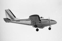 apphgさんが、名古屋飛行場で撮影した日本フライングサービス PA-23-250 Aztecの航空フォト(飛行機 写真・画像)