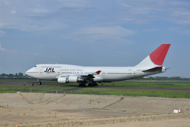 kumagorouさんが、仙台空港で撮影した日本航空 747-446の航空フォト(飛行機 写真・画像)