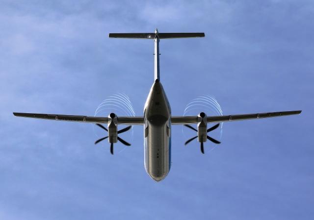 LOTUSさんが、伊丹空港で撮影したANAウイングス DHC-8-402Q Dash 8の航空フォト(飛行機 写真・画像)