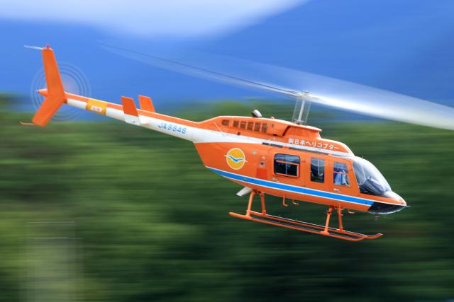 Nao0407さんが、松本空港で撮影した新日本ヘリコプター 206L-3 LongRanger IIIの航空フォト(飛行機 写真・画像)