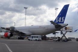 Hiro-hiroさんが、コペンハーゲン国際空港で撮影したスカンジナビア航空 A330-343Xの航空フォト(飛行機 写真・画像)