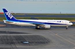 amagoさんが、羽田空港で撮影した全日空 767-381の航空フォト(飛行機 写真・画像)