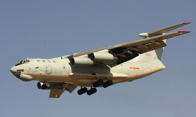 素快戦士さんが、TJYCで撮影した某国空軍  第13輸送機師団 Il-76/78/82の航空フォト(飛行機 写真・画像)