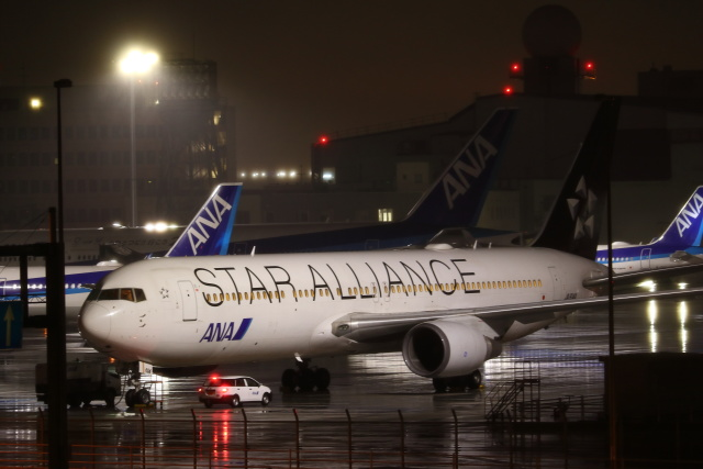 kenzy201さんが、羽田空港で撮影した全日空 767-381/ERの航空フォト(飛行機 写真・画像)