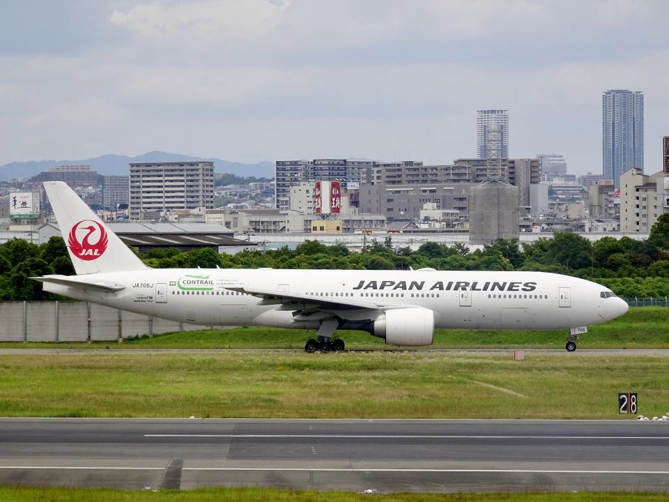 worldstarさんの日本航空 Boeing 777-200 (JA705J) 航空フォト