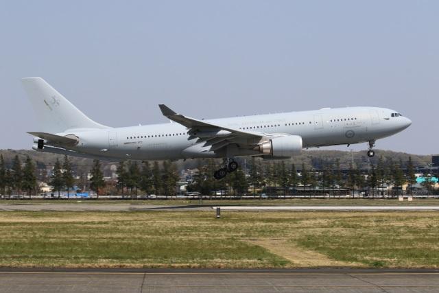 F-4さんが、横田基地で撮影したオーストラリア空軍 KC-30A(A330-203MRTT)の航空フォト(飛行機 写真・画像)