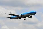 beimax55さんが、成田国際空港で撮影したKLMオランダ航空 777-306/ERの航空フォト(飛行機 写真・画像)