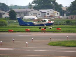 ここはどこ?さんが、札幌飛行場で撮影したジェイピーエー 172P Skyhawkの航空フォト(飛行機 写真・画像)