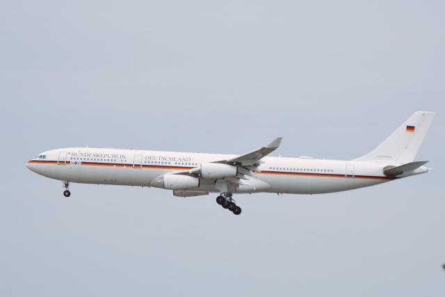 あおいそらさんが、羽田空港で撮影したドイツ空軍 A340-313Xの航空フォト(飛行機 写真・画像)