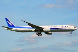 ちっとろむさんが、成田国際空港で撮影した全日空 777-381/ERの航空フォト(飛行機 写真・画像)