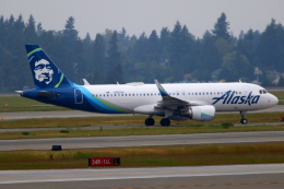 かみじょー。さんが、シアトル タコマ国際空港で撮影したアラスカ航空 A320-214の航空フォト(飛行機 写真・画像)