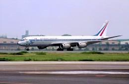 ハミングバードさんが、名古屋飛行場で撮影したフランス空軍 DC-8-72CFの航空フォト(飛行機 写真・画像)