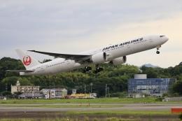aki241012さんが、福岡空港で撮影した日本航空 777-346/ERの航空フォト(飛行機 写真・画像)