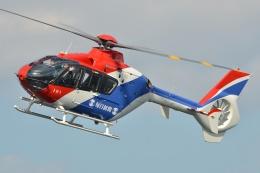 ブルーさんさんが、大阪ヘリポートで撮影した毎日新聞社 EC135T1の航空フォト(飛行機 写真・画像)