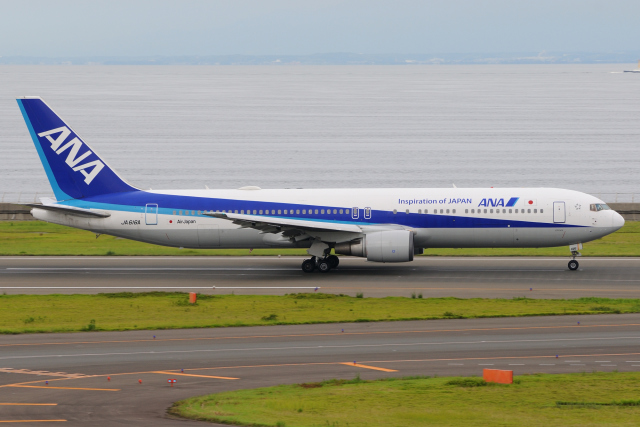 きんめいさんが、中部国際空港で撮影した全日空 767-381/ERの航空フォト(飛行機 写真・画像)
