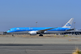 kix-booby2さんが、関西国際空港で撮影したKLMオランダ航空 787-9の航空フォト(飛行機 写真・画像)
