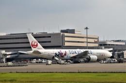 金魚さんが、羽田空港で撮影した日本航空 777-246の航空フォト(飛行機 写真・画像)