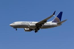 takoyanさんが、マッカラン国際空港で撮影したユナイテッド航空 737-724の航空フォト(飛行機 写真・画像)