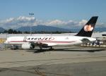 voyagerさんが、バンクーバー国際空港で撮影したカーゴジェット・エアウェイズ 757-223(PCF)の航空フォト(飛行機 写真・画像)