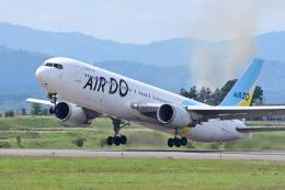 TeaYouさんが、旭川空港で撮影したAIR DO 767-381の航空フォト(飛行機 写真・画像)