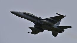 オキシドールさんが、岩国空港で撮影したアメリカ海兵隊 F/A-18D Hornetの航空フォト(飛行機 写真・画像)
