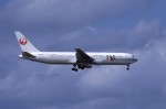 kumagorouさんが、那覇空港で撮影した日本航空 767-346の航空フォト(飛行機 写真・画像)