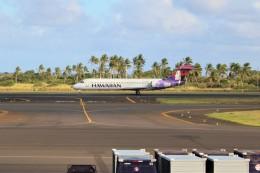 OMAさんが、リフエ空港で撮影したハワイアン航空 717-22Aの航空フォト(飛行機 写真・画像)