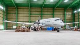 まんぼ しりうすさんが、ザ・ヒロサワ・シティで撮影した国土交通省 航空局 YS-11-104の航空フォト(飛行機 写真・画像)
