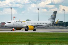 航空フォト:EC-NCF ブエリング航空 A320neo