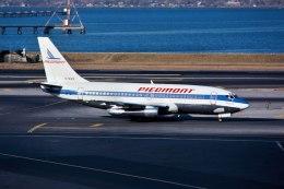 パール大山さんが、ラガーディア空港で撮影したピードモント航空 737-201/Advの航空フォト(飛行機 写真・画像)