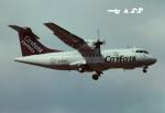 tassさんが、ロンドン・ガトウィック空港で撮影したシティフライヤー・エクスプレス ATR-42-300の航空フォト(飛行機 写真・画像)