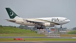 flytaka78さんが、成田国際空港で撮影したパキスタン国際航空 A310-308の航空フォト(飛行機 写真・画像)