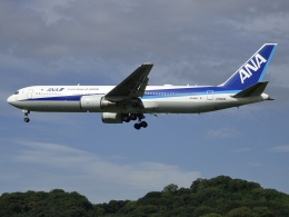 Blue605Aさんが、福岡空港で撮影した全日空 767-381/ERの航空フォト(飛行機 写真・画像)