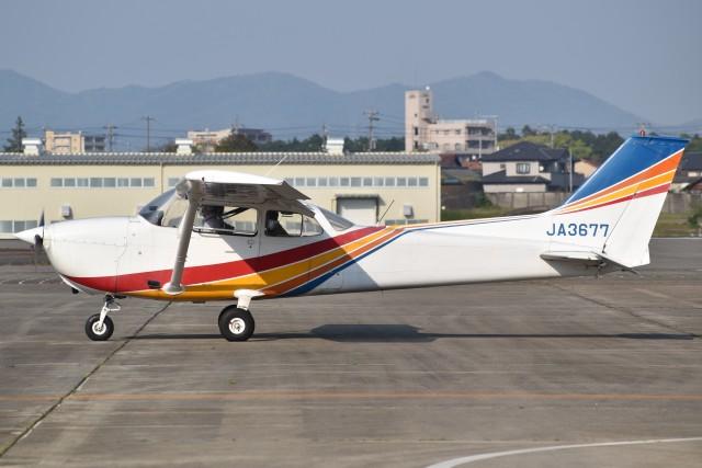 とびたさんが、名古屋飛行場で撮影したトライスター航空 172M Skyhawkの航空フォト(飛行機 写真・画像)