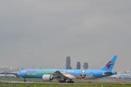 中国東方航空 Boeing 777-300 (B-2002)  航空フォト | by 厦龙さん  撮影2020年07月31日%s