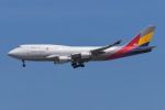 よんろくさんが、成田国際空港で撮影したアシアナ航空 747-419(BDSF)の航空フォト(飛行機 写真・画像)
