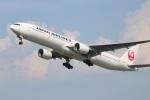 水月さんが、伊丹空港で撮影した日本航空 777-346の航空フォト(飛行機 写真・画像)