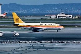 パール大山さんが、サンフランシスコ国際空港で撮影したAir California 737-293の航空フォト(飛行機 写真・画像)