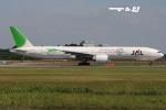 tassさんが、成田国際空港で撮影した日本航空 777-346/ERの航空フォト(飛行機 写真・画像)