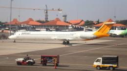 誘喜さんが、スカルノハッタ国際空港で撮影したエアファスト インドネシア MD-83 (DC-9-83)の航空フォト(飛行機 写真・画像)