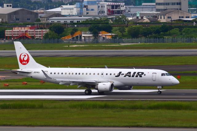 khideさんが、伊丹空港で撮影したジェイ・エア ERJ-190-100(ERJ-190STD)の航空フォト(飛行機 写真・画像)