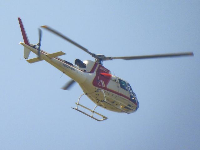 OcTk911さんが、富山空港で撮影した朝日航洋 AS350B3 Ecureuilの航空フォト(飛行機 写真・画像)