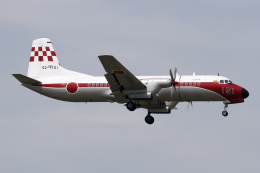 Echo-Kiloさんが、札幌飛行場で撮影した航空自衛隊 YS-11-103FCの航空フォト(飛行機 写真・画像)